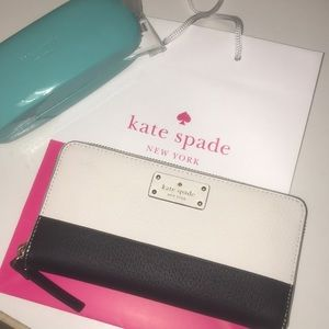 NWT Kate Spade Wallet 🌹